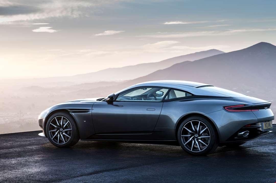 Automóvil Aston Martin