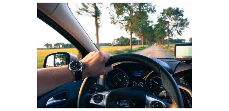 ¿Necesito un seguro de automóvil para conducir?