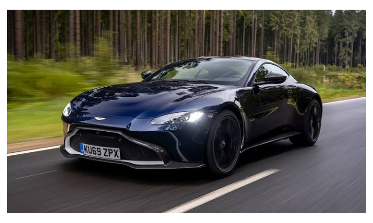Aston Martin Vantage manual 2019