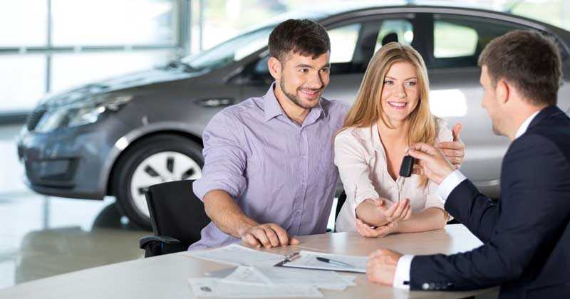 ¿Cómo decidir a la hora de comprar un coche?